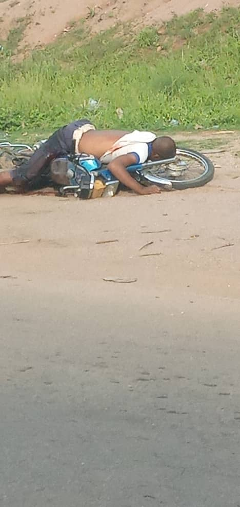 A Passerby on Bike Killed by the Bandits Who Robbed First Bank, Isanlu - Kogi State