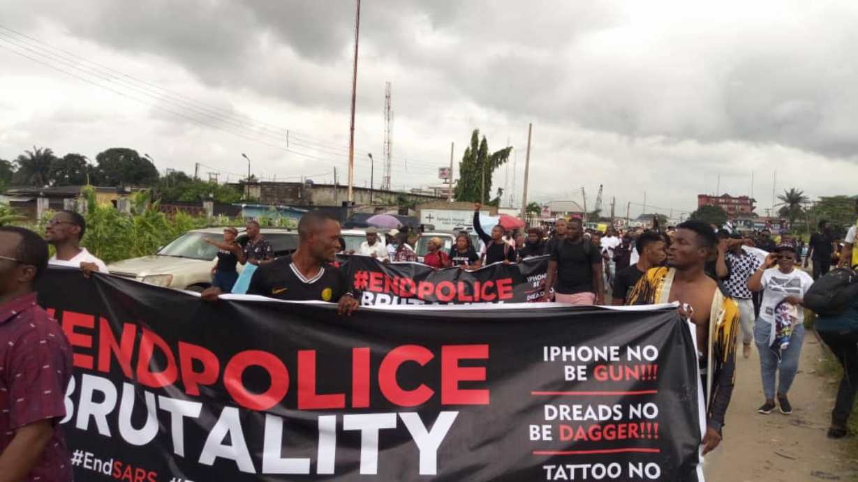 EndSars Protesters have been killed by thugs in Benin, Edo State.