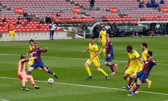Barcelona Hit By Late Penalty To Draw With CADIZ