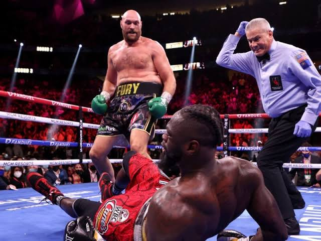 Tyson Fury Retains WBC Title After Knocking Out Deontay Wilder in11th Round